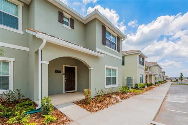 Villa Gatsby Drive, Storey Lakes, Orlando - Florida