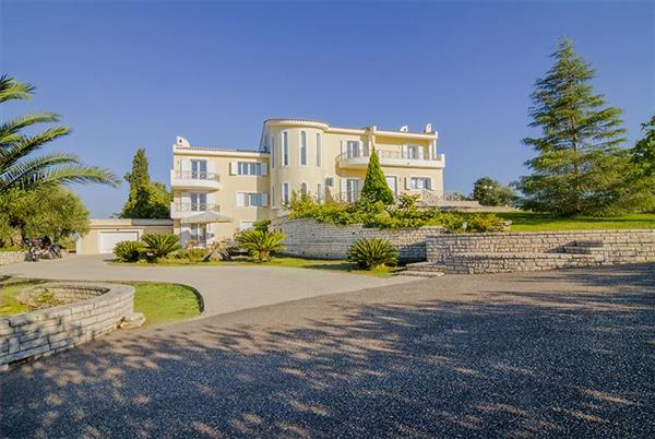 Villa Gouvia in Ionian Islands