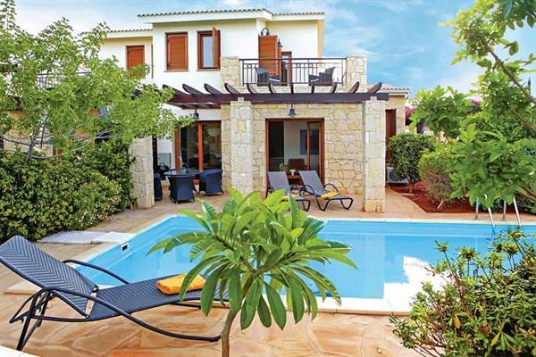 Villa Hestiades Green Junior 21, Aphrodite Hills, Cyprus With Swimming Pool