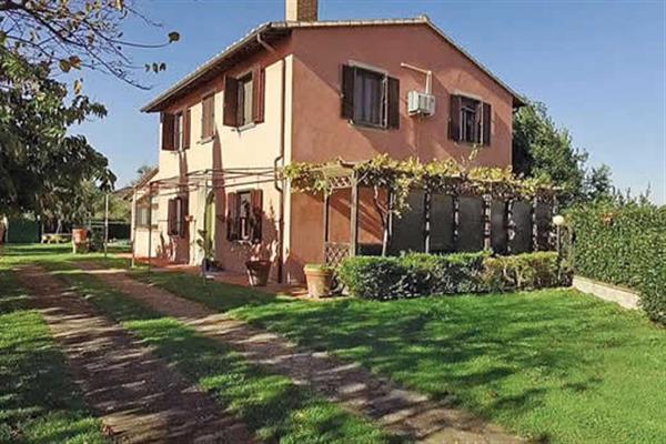 Villa Il Casale Di Sara in Italy