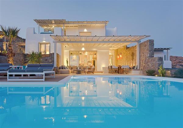 Villa Ionas in Southern Aegean