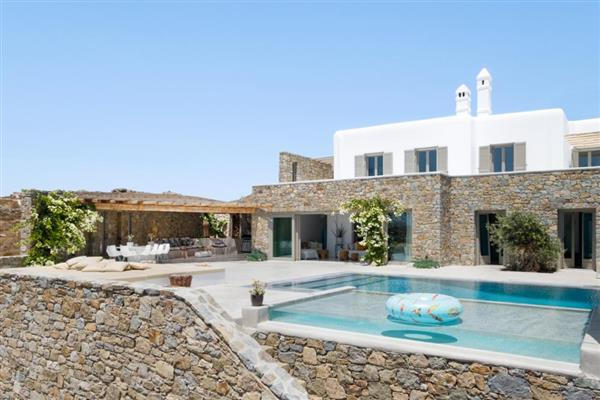 Villa Ixos in Southern Aegean