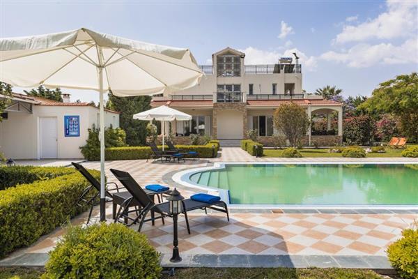 Villa Kalvos in Southern Aegean