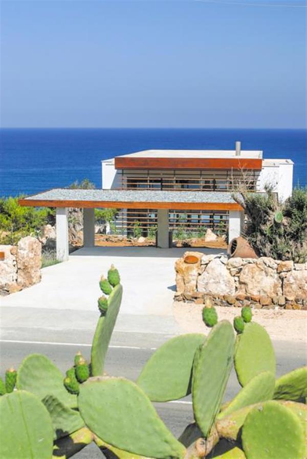 Villa Karavi in