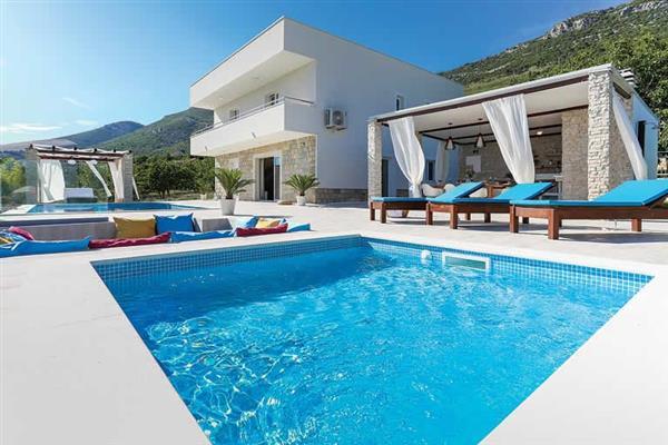 Villa Kastel in Croatia