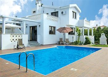 Villa Kelly, Coral Bay, Cyprus With Swimming Pool