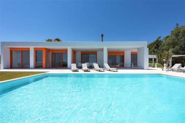 Villa Lakhania in Southern Aegean