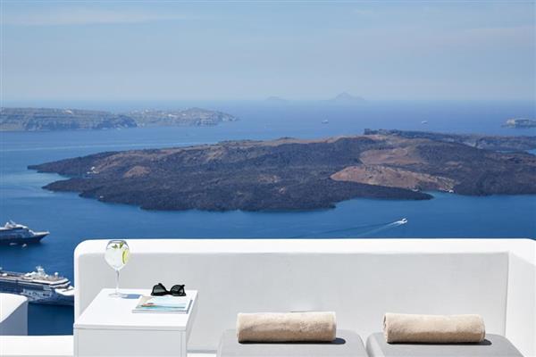 Villa Lampsi in Southern Aegean