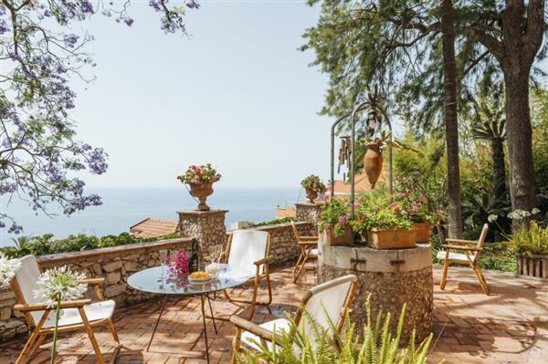 Villa Liberty in Provincia di Messina