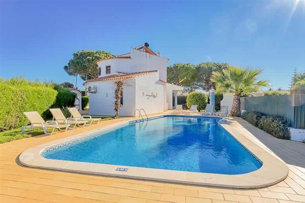 Villa Lilac in Portugal