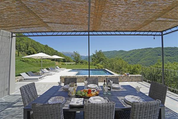 Villa Linari in Provincia di Massa e Carrara