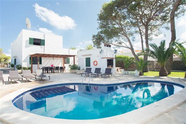Villa Los Dos Pinos in Illes Balears