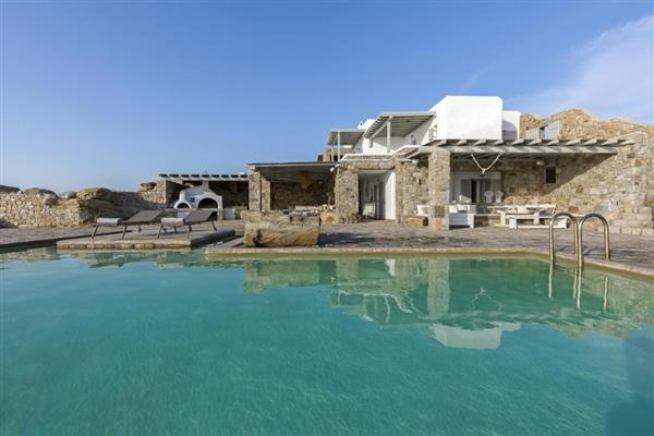 Villa Lota in Southern Aegean
