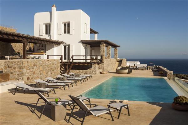 Villa Louros in Southern Aegean