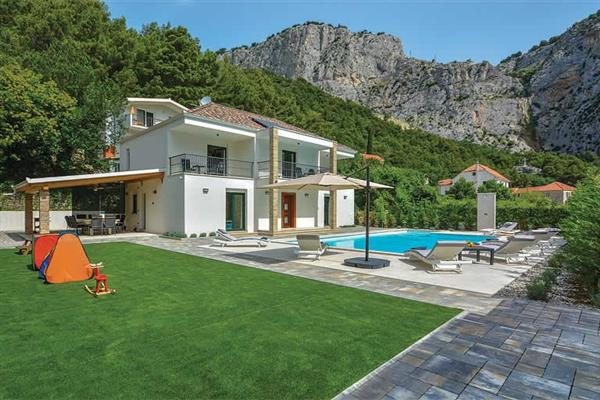 Villa Mater Anka in Croatia