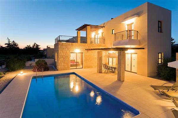 Villa Michaela Vine, Coral Bay, Cyprus With Swimming Pool