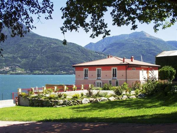 Villa Miradorio in Provincia di Como