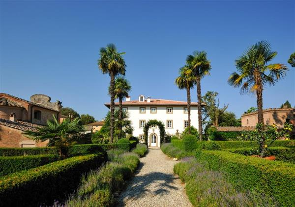 Villa Montefoscoli in Province of Pisa