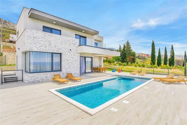 Villa Morena, Split, Croatia With Swimming Pool
