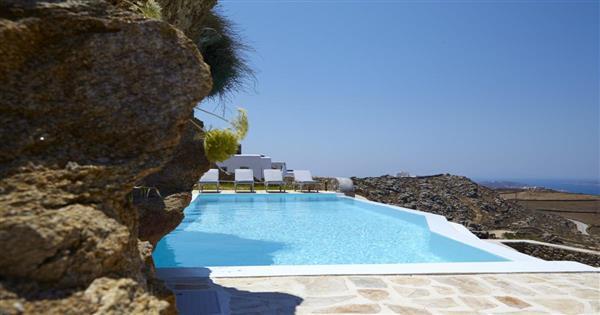 Villa Nestos in Southern Aegean