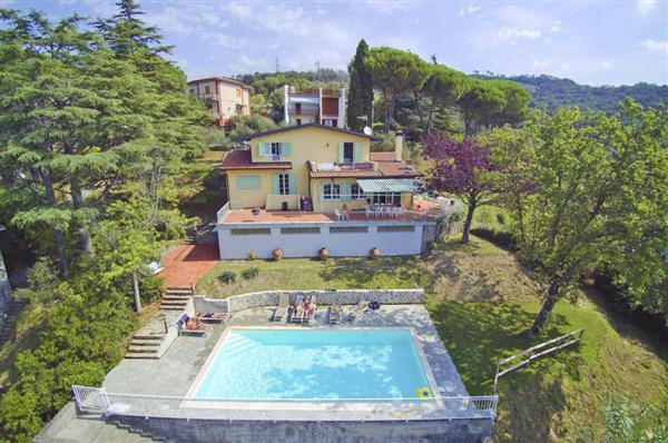 Villa Nocturno in Provincia della Spezia