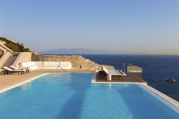 Villa Omega in Southern Aegean