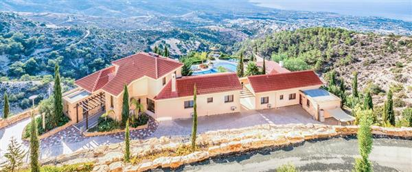 Villa Panorama, Paphos, Cyprus with hot tub