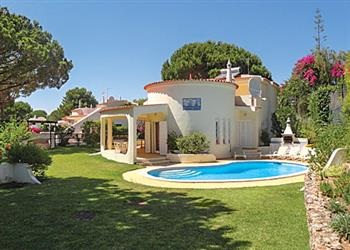 Villa Paris in Portugal