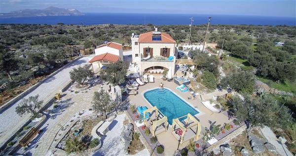 Villa Peristeri in Crete