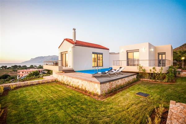 Villa Pounentes in Crete