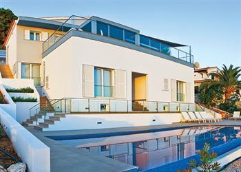 Villa Prestige from James Villas