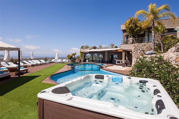 Villa Privilege in Illes Balears
