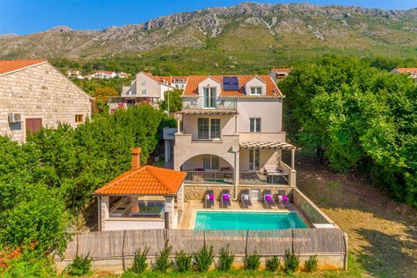 Villa Riverside Place in Croatia