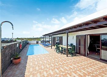Villa Sapphire, Playa Blanca, Lanzarote With Swimming Pool