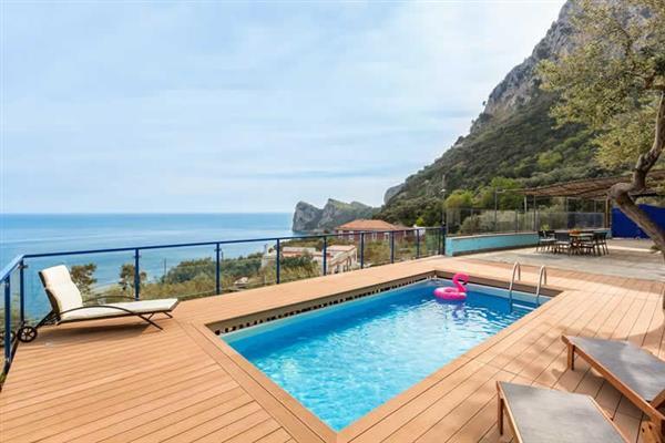 Villa Seascape in Italy
