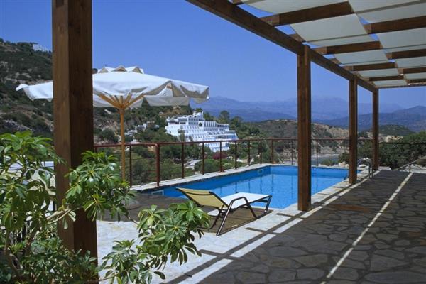 Villa Semaj in Crete