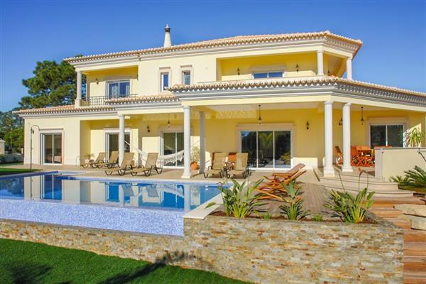 Villa Sol Quente in Loulé