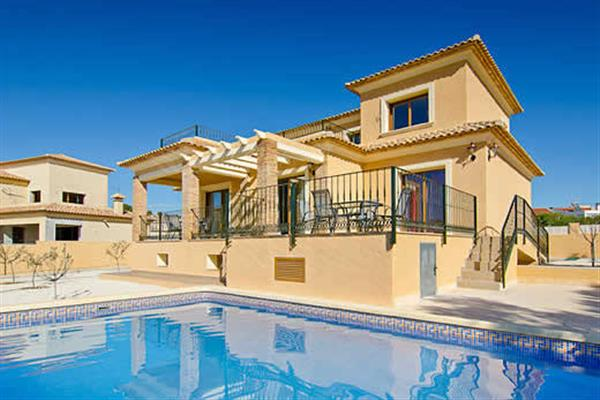 Villa Sol Y Mar in Spain