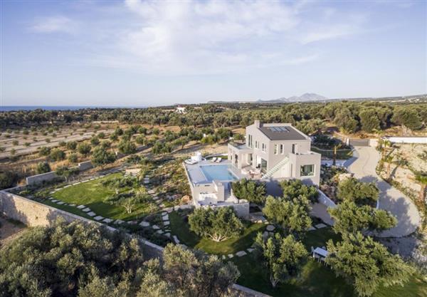Villa Style in Crete