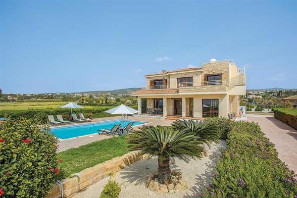 Villa Sweet Water, Coral Bay, Cyprus With Swimming Pool