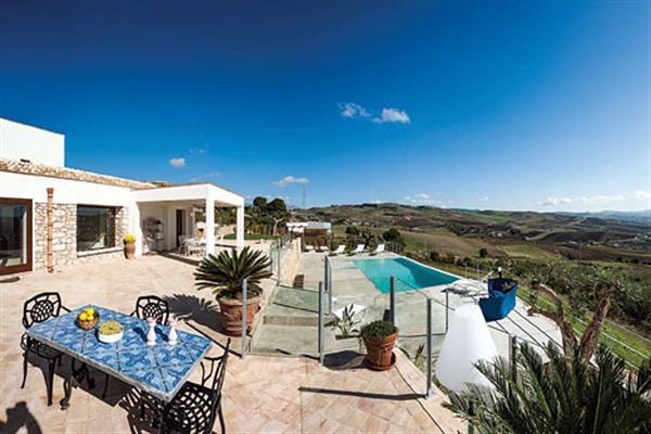Villa Tangi in Sicily