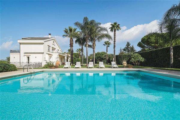 Villa Terranova in Sicily