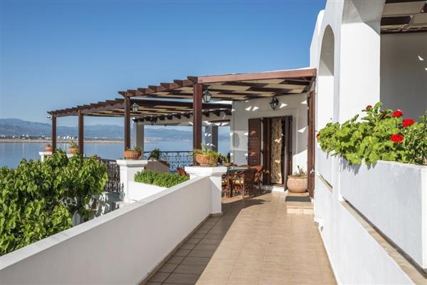 Villa Tersanas in Crete
