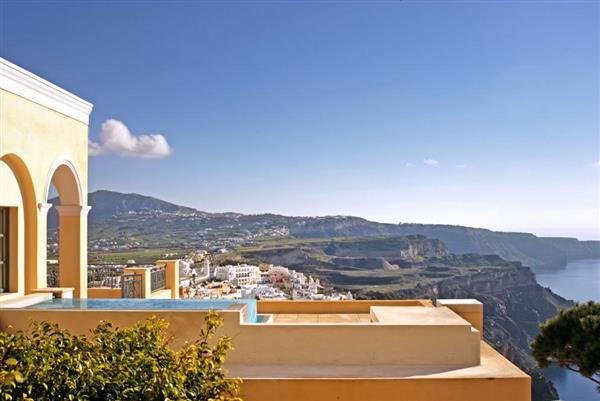 Villa Theras in Southern Aegean