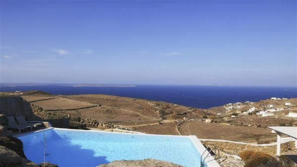Villa Theta in Southern Aegean