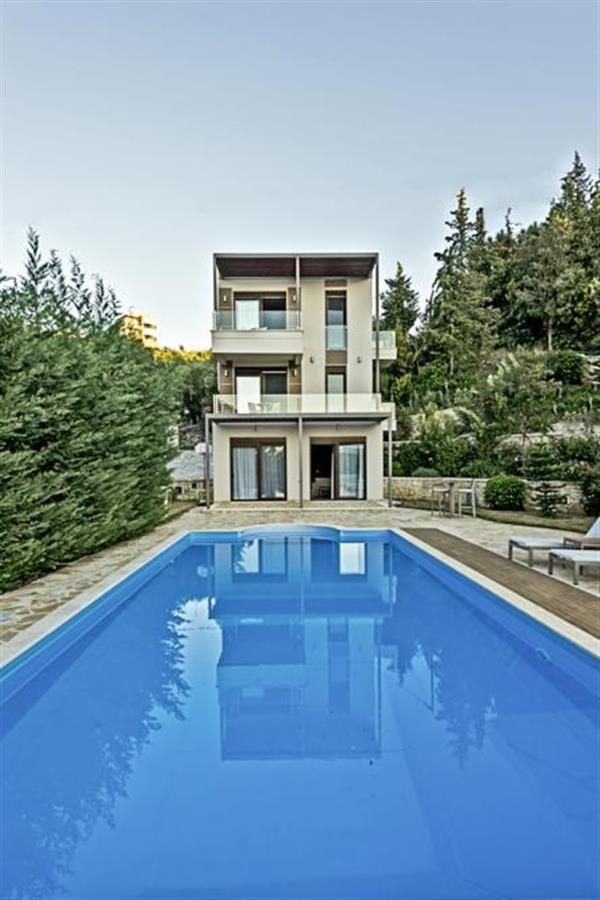 Villa Triantafyllo in Epirus