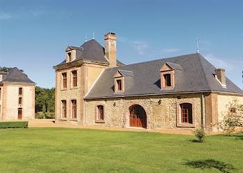 Villa Tuffe, Tuffé, Sarthe - France