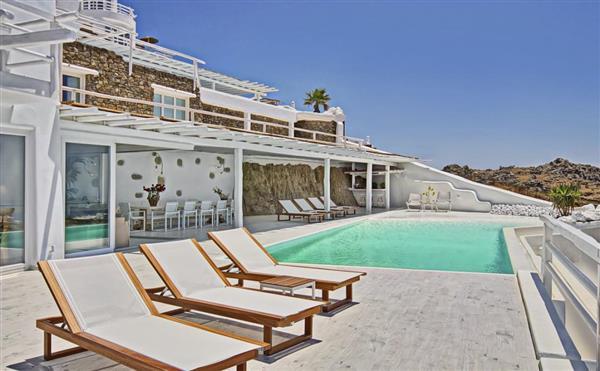 Villa Vardar in Southern Aegean