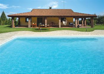Villa Viagrande in Sicily