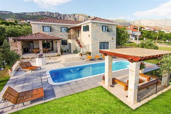 Villa Wishing Lodge, Split, Croatia With Swimming Pool